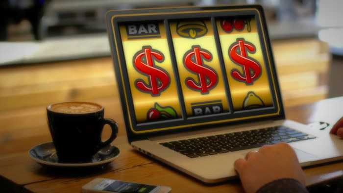 Online slots: real money or free ones – which to choose?